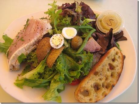 tender greens tuna nicoise